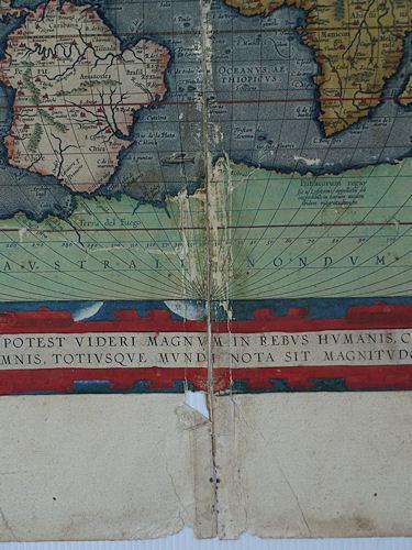 restauration carte ancienne,collée, déchirée
