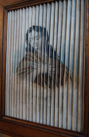 restauration sur papier, image vue d'un coté