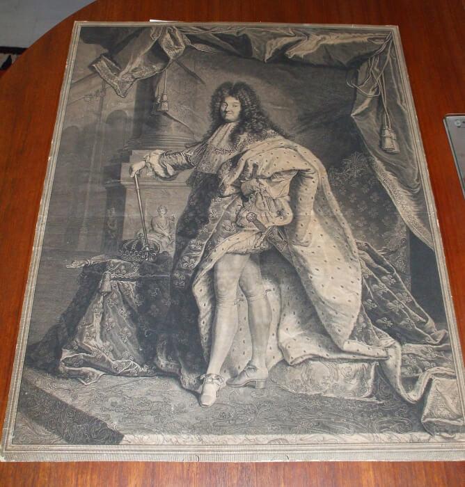 Nettoyage d'une gravure au burin, représentant Louis XIV