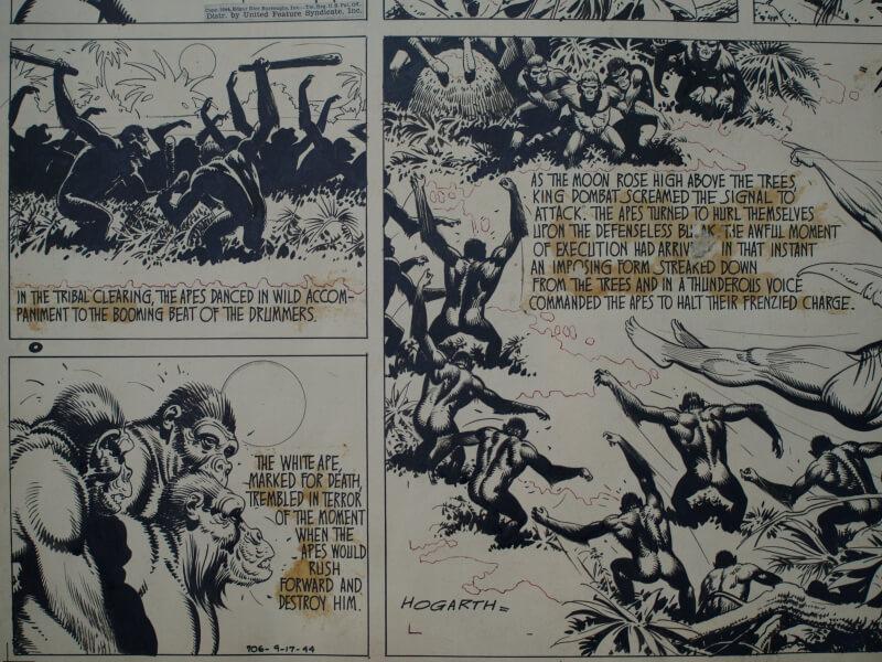 traces de colles très marquées sur planche de bande dessinée